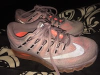Pair of gray nike running shoes Robstown, 78380