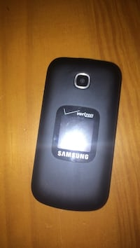 verizon flip phone Charlotte, 28212