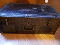 Antique travel trunk Barrie, L4N