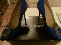 Manolo Blahnik shoes NEW PRICE DROP  553 km