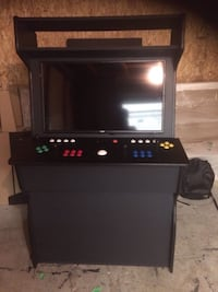 Arcade cabinets for sale.Christmas is around the corner. If your looking for the perfect gift for your husband or children I have just what you need . There is over 30,000 games installed. games from systems like....  Super Nintendo  Nintendo Classic  Nin Toronto, M9C