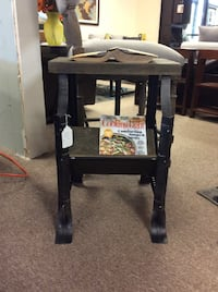 *NEW* Largo Metal Book table *Price is firm*