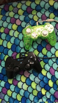 Black and green  ps3 controller Ceres, 95307