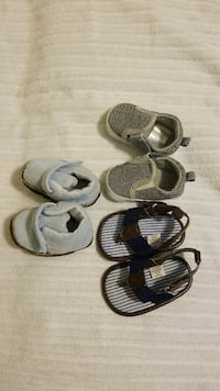 Carter's born boy shoes