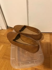 Pair of brown flats size 9 Mississauga, L5J 3R8