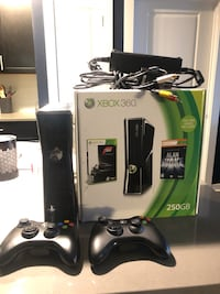 Xbox 360 250GB Console and 2 Controllers $145 Laurel, 21046