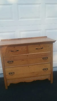 brown wooden 4-drawer dresser Chantilly