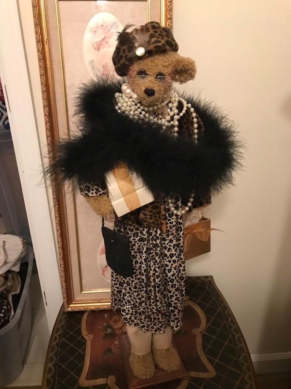 Gorgeous Fancy Shopping  Bear