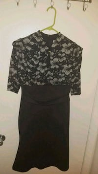 black and gray floral scoop neck long sleeve dress Alexandria, 22304