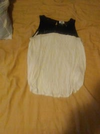 women's black and white tank top