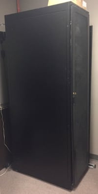 Server Tower Case Toronto, M5H 1J8