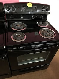GE black electric coil range stove  47 km