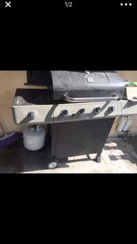 gray and black gas grill Highland, 92410