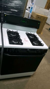 Ge natural gas Stove 30inches!  Queens