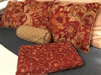3 Double Sided Pillows, Small Cushion and Queen Bed Squirt Valrico