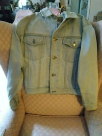 Ladies powder blue medium jean jacket by GAP Toronto, M9A 3V3
