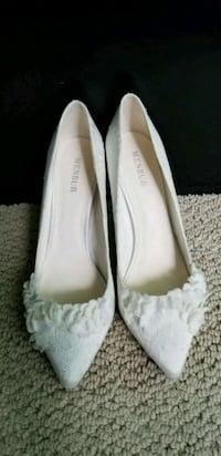 Menbur ivory lace bridal shoes Harwood Heights