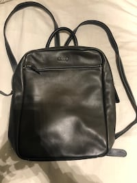 Roots Leather Backpack 536 km