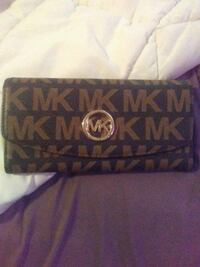 black and brown Michael Kors leather wallet Dover, 19904
