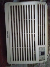 white Samsung window  air conditioner Hagerstown, 21740