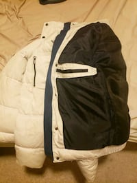 Zara Man White Puffy Jacket