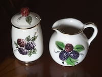 Knots Berry Farm creamer and sugar bowl Lubbock, 79423