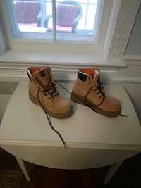 Hiking or construction boots Chevy Chase, 20815
