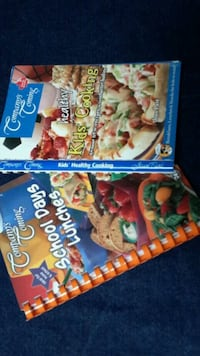 2 cook books Calgary, T2Y 3H5