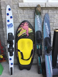 black and red snowboard with bindings Wasaga Beach, L9Z