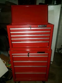 red rolling tool box, with keys to top n bottom London, N5V 2C1