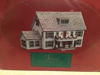 BNIB Hallmark collectible Sarah's Maine home decoration