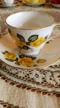 Antique tea cup and saucer Guelph, N1H 1J6