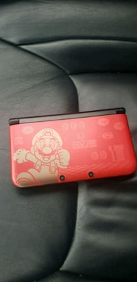 Nintendo 3ds with charger 1 game  49 km