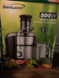 black and gray Breville juice extractor box Toronto, M8W 0B1