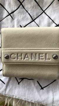 Authentic chanel wallet in caviar leather Honolulu, 96817
