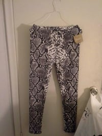 Brand new just cozy leggings Guelph, N1H 2Z7