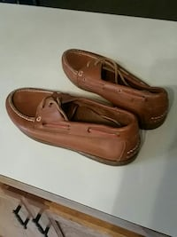 pair of brown leather boat shoes Frankfort, 40601
