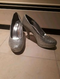 pair of silver sparkly shoes Calgary, T2T 1Y5