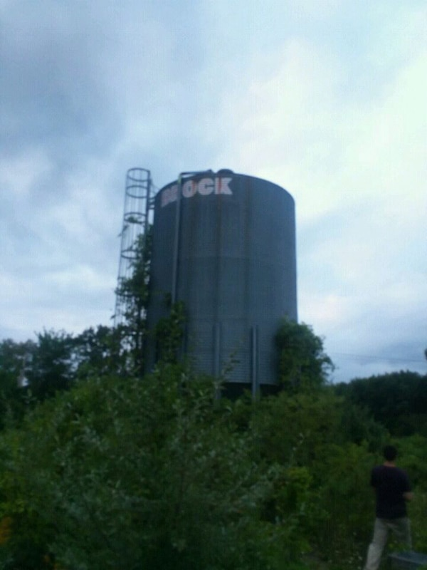 Used Brock silo for sale in Amherst - letgo