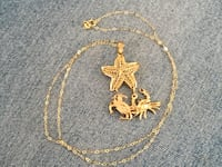 14kt starfish and crabs necklace