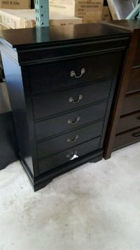 Brand New 5 Drawer Wood Chest. New in Box