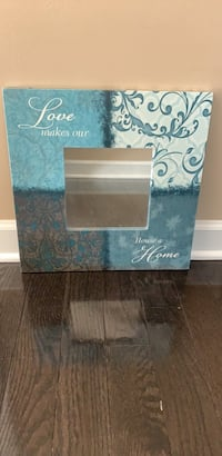 Decorative mirror with quote