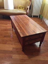 Small wooden coffee table Yonkers, 10705