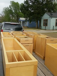 Used maple cabinets 100 for all will deliver 2day