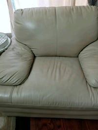 gray leather 2-seat sofa Brampton, L6V