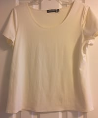 Notations Women's Basic Round Neck T-Shirt Woodbridge