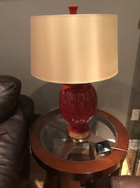 2 end tables & lamps - like new TORONTO