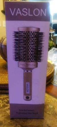 Professional hair brush. North Fort Myers, 33903