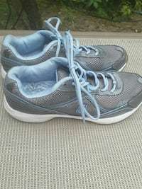 New tennis shoes Middleburg Heights, 44130