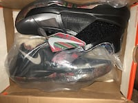 black-and-gray Nike basketball shoes Kapolei, 96707